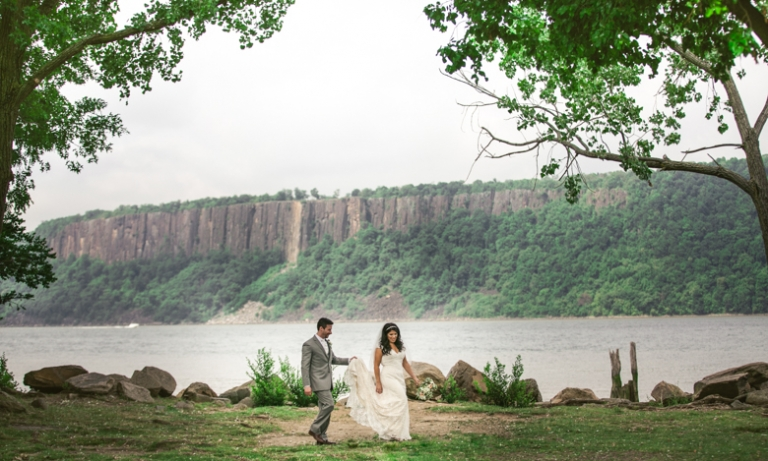 Harvest On The Hudson Summer Waterfront Wedding Valley New York Photographer